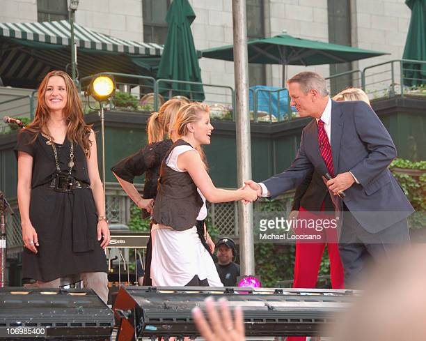 Emily Robison Natalie Maines and Martie Maguire of the Dixie Chicks with Diane Sawyer and Charles Gibson