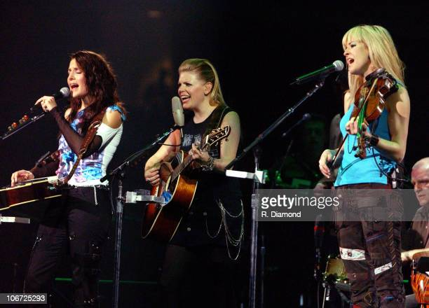 Emily Robison Natalie Maines and Martie Seidel of Dixie Chicks