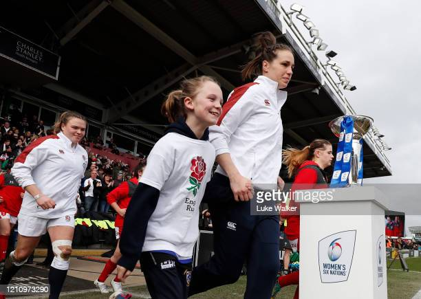 Emily Scarratt of England runs onto the field during the Women's Six Nations match between England and Wales at Twickenham Stoop on March 07 2020 in...