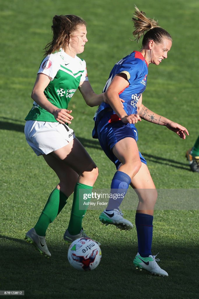Emily van Egmond of the Jets is contested by the Canberra defence during the round four W-League match between Newcastle and Canberra on November 19, 2017 in Newcastle, Australia.