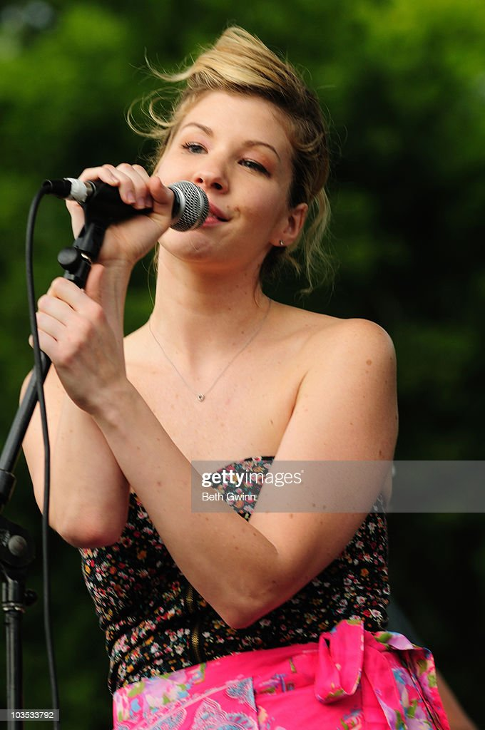 Emily West performs at the 2010 Puddle-Palooza festival at Yogi Bear Jellystone Park on August 21, 2010 in Nashville, Tennessee.