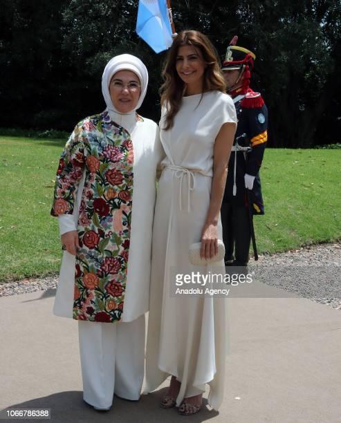 Emine Erdogan wife of President of Turkey Recep Tayyip Erdogan is welcomed by Juliana Awada wife of President of Argentina Mauricio Macri as Emine...