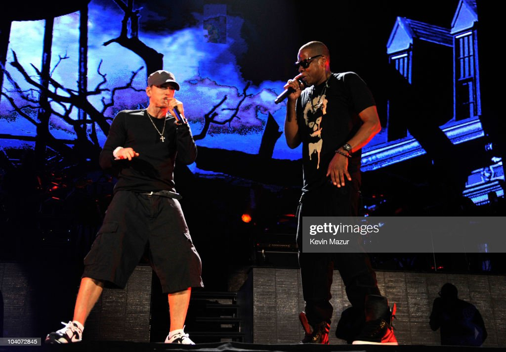 "Eminem and Jay-Z ""Home & Home"" Concert - New York - Show : News Photo"