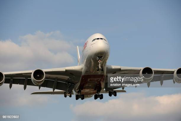 Emirates Airbus A380800 on finalapproach to Heathrow