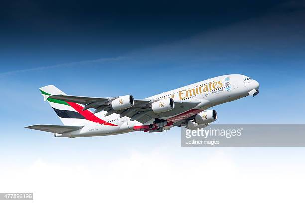 emirates airline airbus a380 - boeing stock pictures, royalty-free photos & images