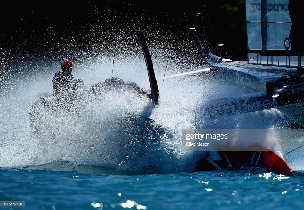 Emirates Team New Zealand helmed by Peter Burling crosses the finish line winning the second race of the day during day 2 of the Americas Cup Match Presented by Louis Vuitton on June 18, 2017 in Hamilton, Bermuda.