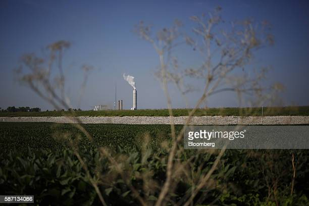 Emissions rise from the Ameren Corp Sioux Power Station power plant in West Alton Missouri US on Thursday Aug 4 2016 Ameren's fastest growing segment...