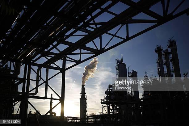 20 Pbf Energy Inc  Toledo Refining Company Pictures, Photos