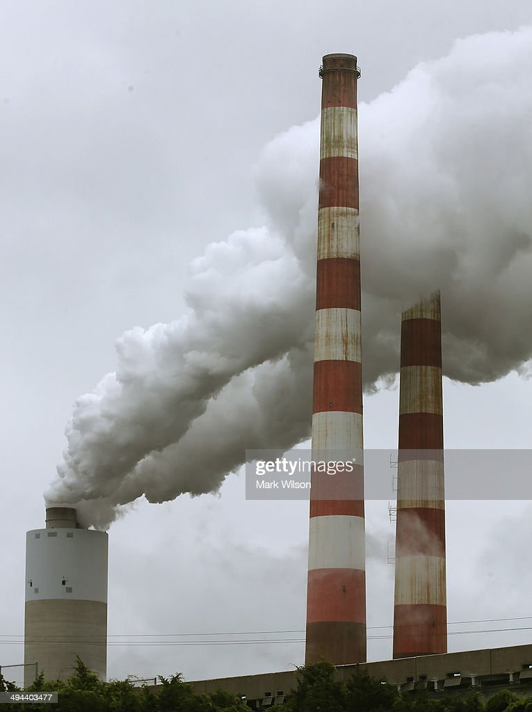New EPA Regulation To Cut Emissions From Coal-Fired Plants In US : News Photo