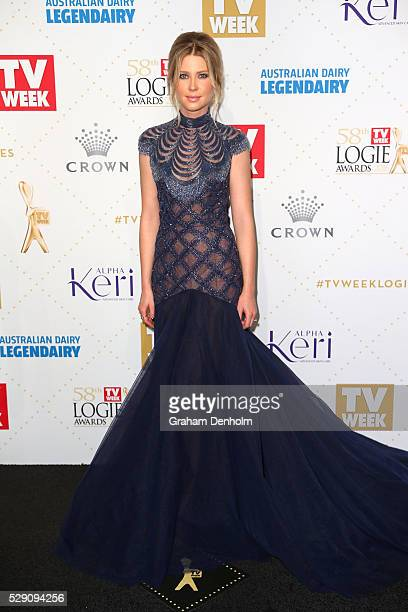 Emma Booth arrives at the 58th Annual Logie Awards at Crown Palladium on May 8 2016 in Melbourne Australia
