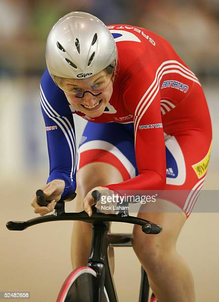 Emma Davies of Great Britain rides in the womens individual pursuit during day three of the 2005 UCI Track Cycling World Championships on March 26...