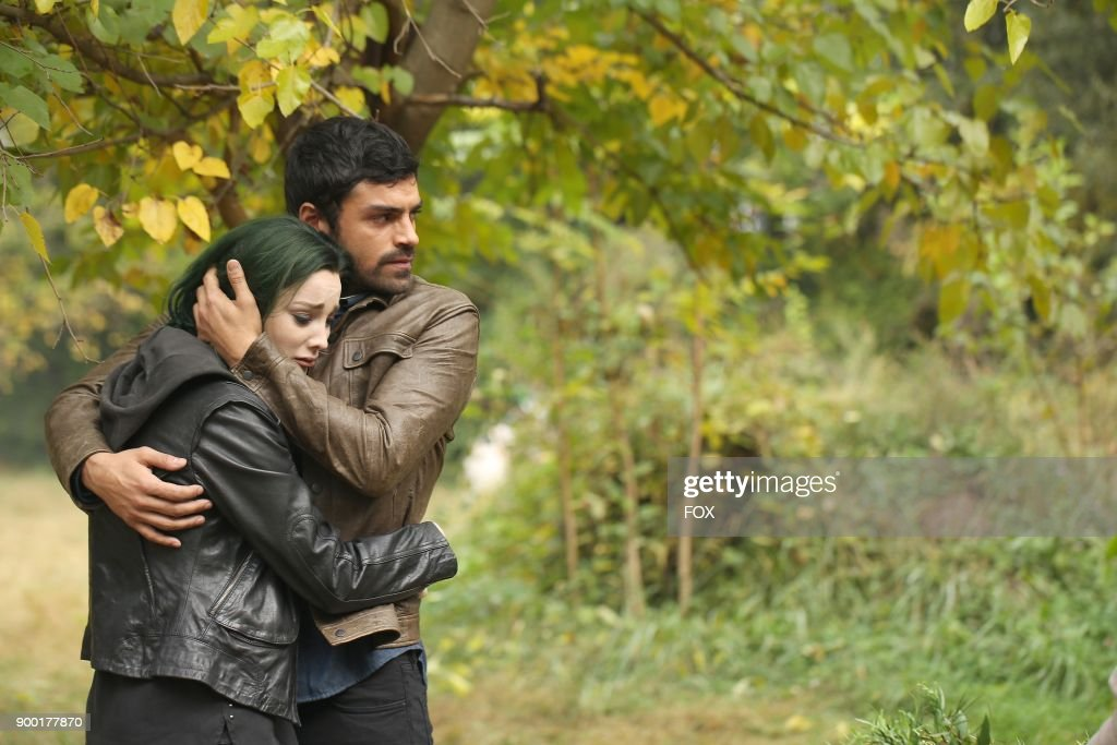 Emma Dumont and Sean Teale in the '3x1' Winter Premiere episode of THE GIFTED airing Monday, Jan. 1 (9:00-10:00 PM ET/PT) on FOX.