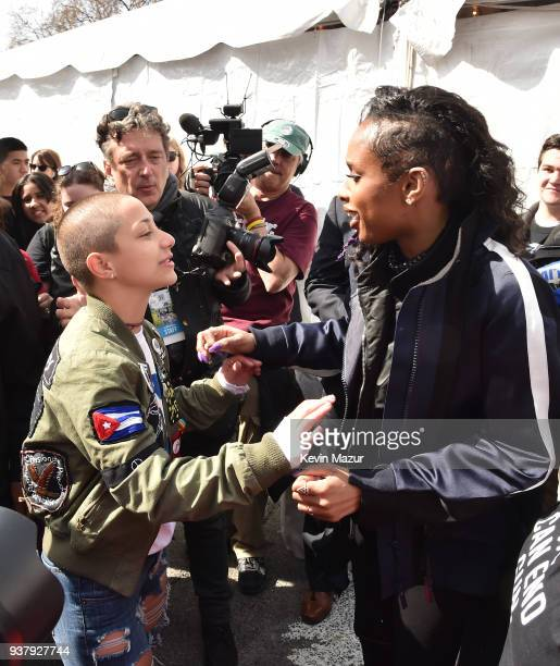 Emma Gonzalez and Jennifer Hudson pose at March For Our Lives on March 24 2018 in Washington DC
