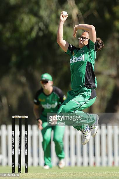 Emma Kearney of the Stars bowls during the Women's Big Bash League match between the Adelaide Strikers and the Melbourne Stars at Lilac Hill on...