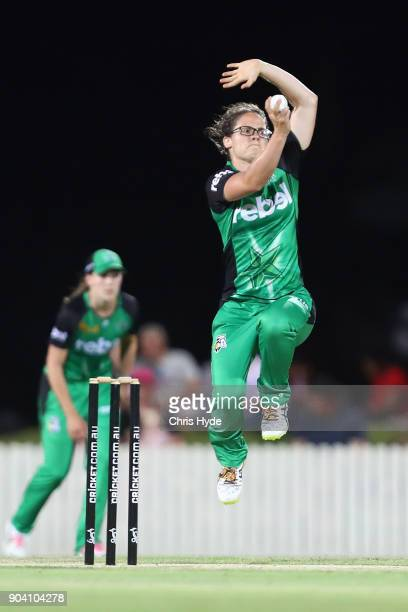 Emma Kearney of the Starts bowls during the the Women's Big Bash League match between the Brisbane Heat and the Melbourne Stars at Harrup Park on...