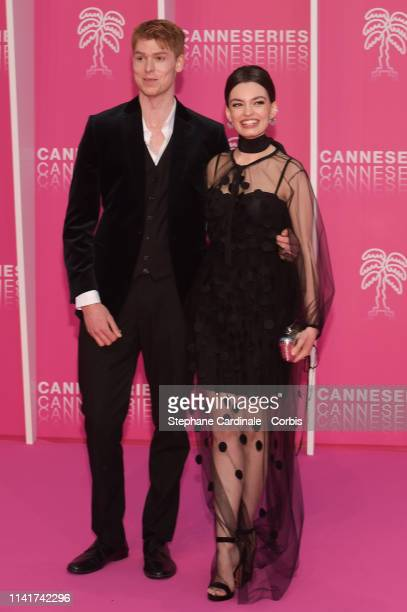 Emma Mackey and Dan Whitlam pose on the pink carpet prior the closing ceremony of the 2nd Canneseries International Series Festival on April 10 2019...