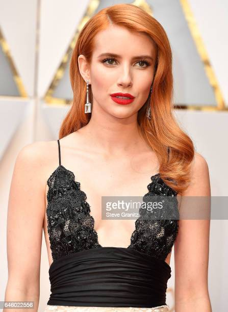Emma Roberts arrives at the 89th Annual Academy Awards at Hollywood Highland Center on February 26 2017 in Hollywood California