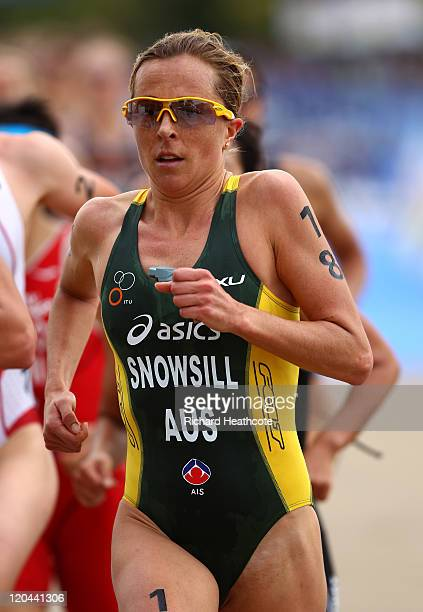 Emma Snowsill of Australia in action during the Women's Elite race during day one of the Dextro Energy Triathlon ITU World Championship Series in...