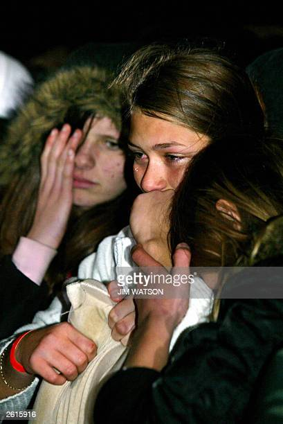 Emma Stanley of southeast London sheds a tear holding onto American Illustionist David Blaine's pillow that was thrown to the crowd 19 October 2003...