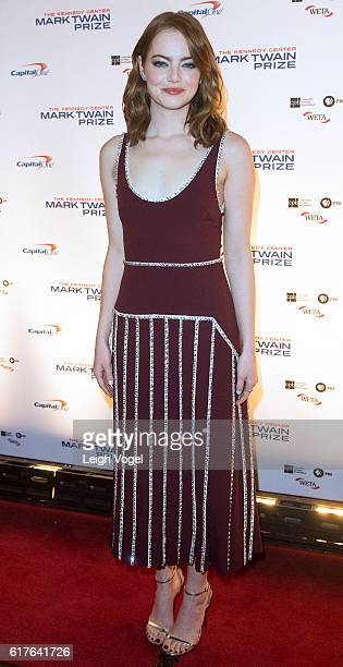 Emma Stone arrives at the Kennedy Center where Bill Murray will receive the 19th Annual Mark Twain Prize on October 23 2016 in Washington DC
