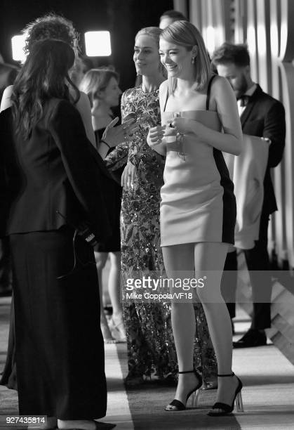 Emma Stone attends the 2018 Vanity Fair Oscar Party hosted by Radhika Jones at Wallis Annenberg Center for the Performing Arts on March 4 2018 in...