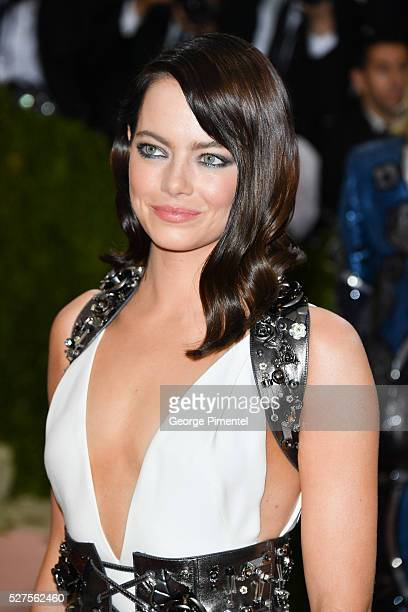 Emma Stone attends the 'Manus x Machina Fashion in an Age of Technology' Costume Institute Gala at the Metropolitan Museum of Art on May 2 2016 in...