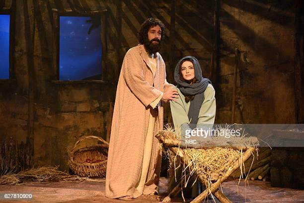 LIVE Emma Stone Episode 1712 Pictured Kyle Mooney and Emma Stone as Mary during The Nativity sketch on December 3 2016