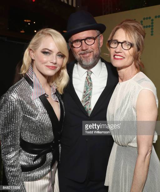Emma Stone Jonathan Dayton and Valerie Faris at Fox Searchlight's 'Battle of the Sexes' Los Angeles Premiere on September 16 2017 in Westwood...
