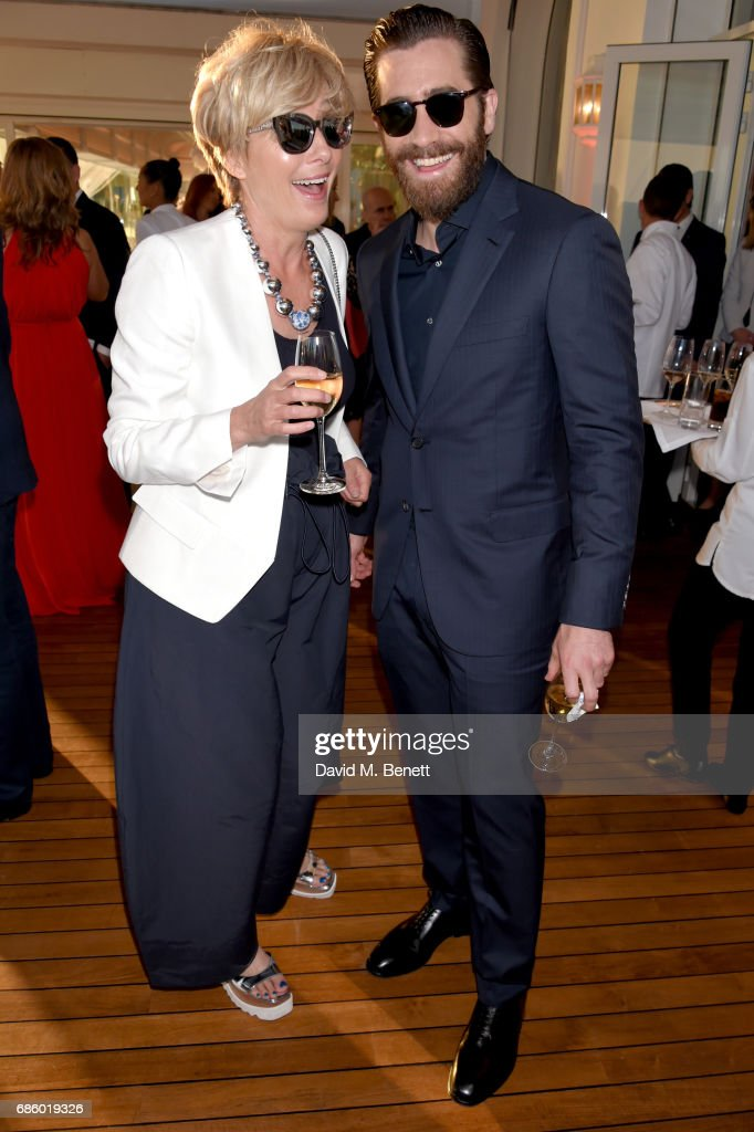 Emma Thompson (L) and Jake Gyllenhaal attend the Vanity Fair and HBO Dinner celebrating the Cannes Film Festival at Hotel du Cap-Eden-Roc on May 20, 2017 in Cap d'Antibes, France.