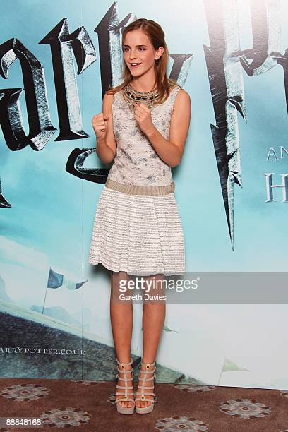 OUT *** Emma Watson attends a photocall for 'Harry Potter and the HalfBlood Prince' held at Claridges Hotel on July 6 2009 in London England