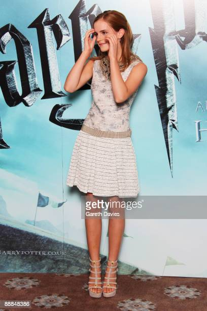 OUT** Emma Watson attends a photocall for Harry Potter and the HalfBlood Prince held at Claridges Hotel on July 6 2009 in London England