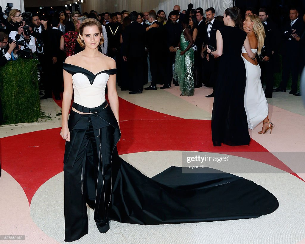 'Manus x Machina: Fashion In An Age Of Technology' Costume Institute Gala - Arrivals : News Photo