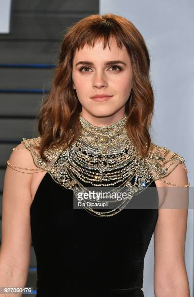 Emma Watson attends the 2018 Vanity Fair Oscar Party hosted by Radhika Jones at Wallis Annenberg Center for the Performing Arts on March 4, 2018 in...