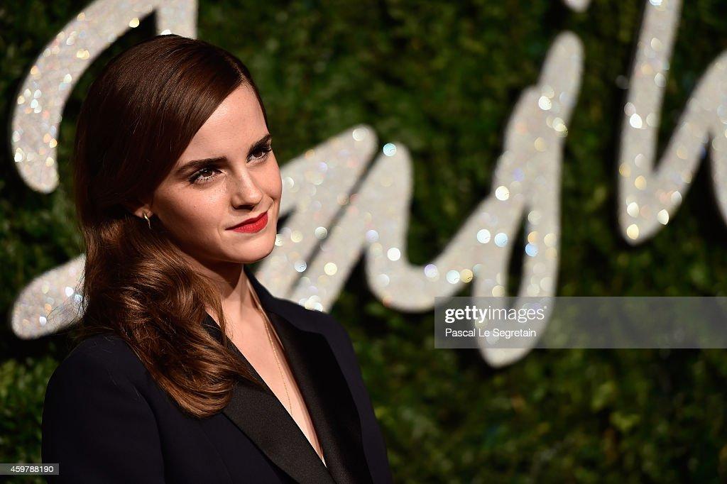 British Fashion Awards - Red Carpet Arrivals : News Photo