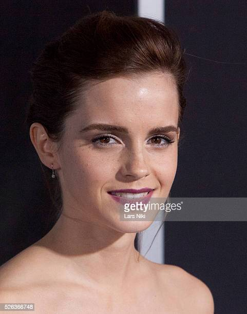 Emma Watson attends the Gravity film premiere at Lincoln Square in New York City �� LAN