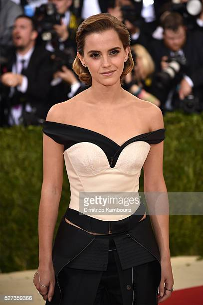 "Emma Watson attends the ""Manus x Machina: Fashion In An Age Of Technology"" Costume Institute Gala at Metropolitan Museum of Art on May 2, 2016 in New..."
