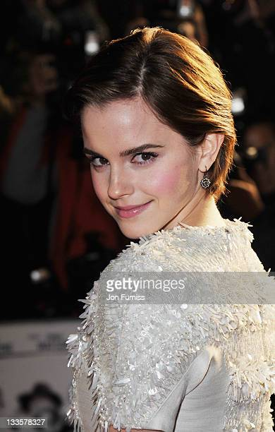 Emma Watson attends the UK premiere of My Week with Marilyn at Cineworld Haymarket on November 20, 2011 in London, England.