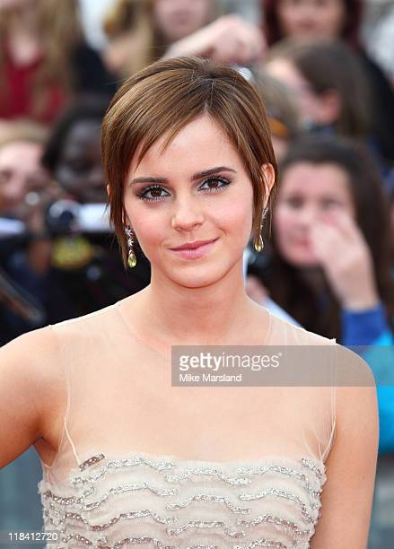 Emma Watson attends the world premiere of 'Harry Potter And The Deathly Hallows Part 2' at Trafalgar Square on July 7 2011 in London England