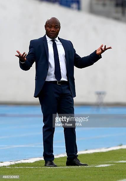 Emmanuel Amunike, head coach of Nigeria gestures during the FIFA U-17 Men's World Cup 2015 group A match between Nigeria and USA at Estadio Nacional...