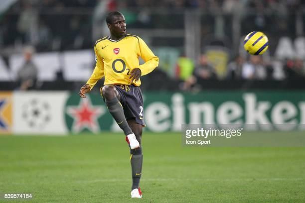 Emmanuel EBOUE Juventus Turin / Arsenal 1/4 de Finale de Champions League