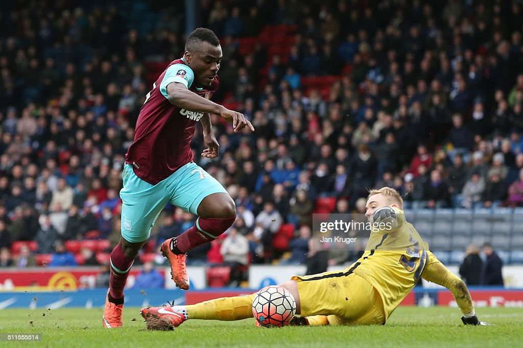 Emmanuel Emenike of West Ham United scores his team's fourth goal during The Emirates FA Cup fifth round match between Blackburn Rovers and West Ham United at Ewood park on February 21, 2016 in Blackburn, England.