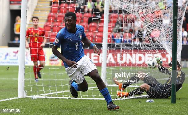 Emmanuel Gyabuaa of Italy celebrates his goal during the UEFA European Under17 Championship Semi Final match between Italy and Belgium at the New...