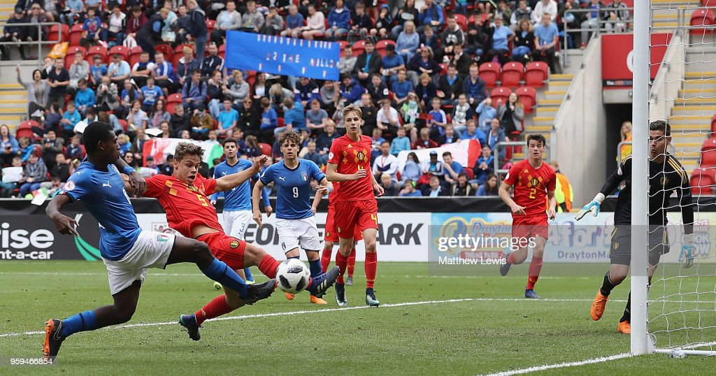 Emmanuel Gyabuaa of Italy scores a goal during the UEFA European Under-17 Championship Semi Final match between Italy and Belgium at the New York Stadium on May 17, 2018 in Rotherham, England.
