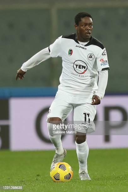 Emmanuel Gyasi of Spezia Calcio in action during the Serie A match between ACF Fiorentina and Spezia Calcio at Stadio Artemio Franchi on February 19,...