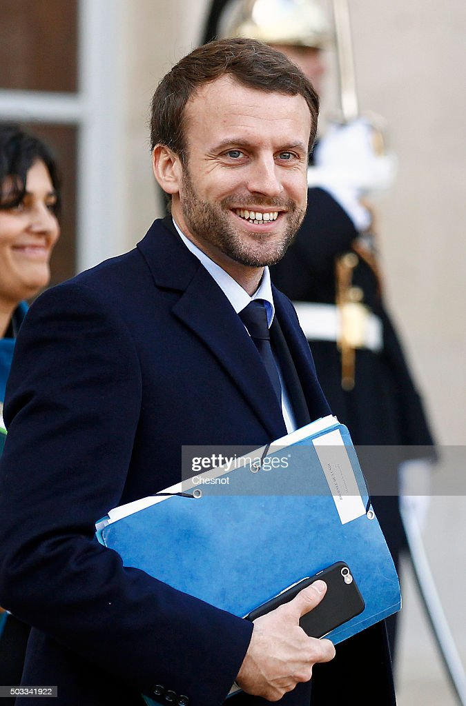 Emmanuel Macron, French Minister of Economy leaves after the weekly cabinet meeting at the Elysee Presidential Palace on January 4, 2016 in Paris, France. It is the first cabinet meeting of the year 2016.