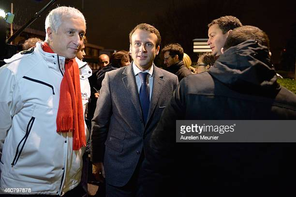 Emmanuel Macron Minister of Economics and Finances visits the Rungis International Market on December 23 2014 in Rungis France