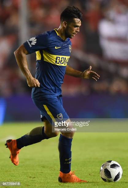 Emmanuel Mas of Boca Juniors drives the ball during a match between Independiente and Boca Juniors as part of Superliga 2017/18 on April 15 2018 in...