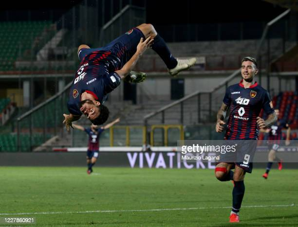 Emmanuel Riviere of Cosenza celebrates his team's third goal during the serie B match between Cosenza Calcio and SS Juve Stabia at Stadio San Vito on...