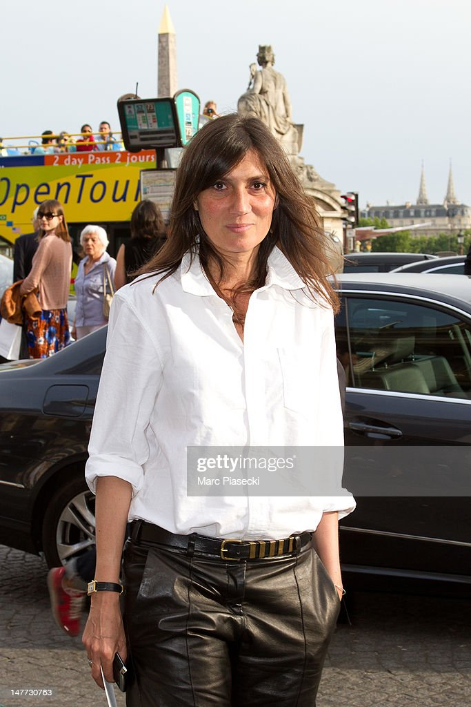 Emmanuelle Alt attends the Giambattista Valli Haute-Couture Show as part of Paris Fashion Week Fall / Winter 2013 at Hotel Crillon on July 2, 2012 in Paris, France.