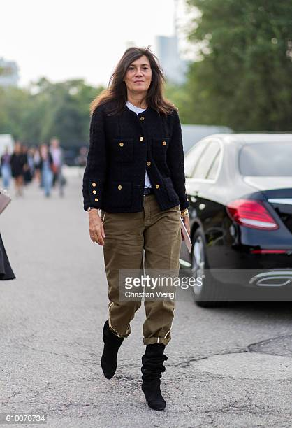 Emmanuelle Alt outside Diesel during Milan Fashion Week Spring/Summer 2017 on September 23 2016 in Milan Italy
